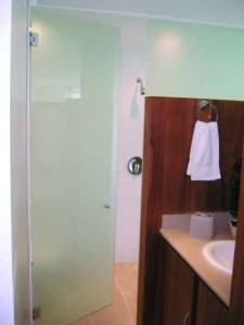 Heavy Glass Hinged Shower Enclosure